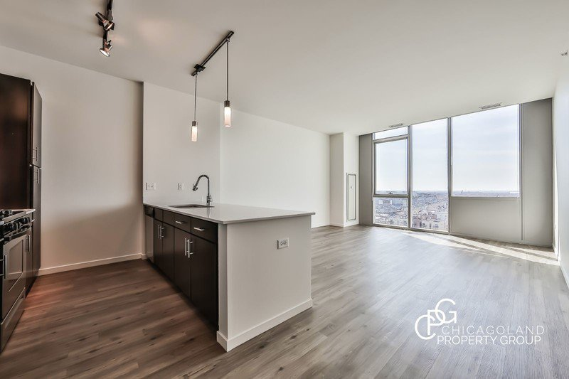 Halsted Flats 2 Bed 10
